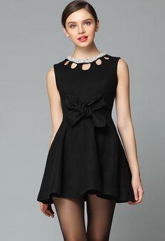 Black Sleeveless Hollow Bow Pleated Dress $69.99