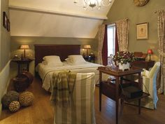 tilly_cambr__flandre Attic Design, Interior Design, Belgian Style, Attic Renovation, Bed And Breakfast, Cool Pictures, Indoor, Furniture, Bedroom Wallpaper