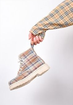 90s Vintage Tartan Dr Martens Ankle Boots 2 / 34