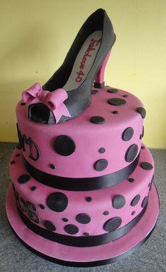 High Heel Shoe Cake  by NatalieG77, via Flickr