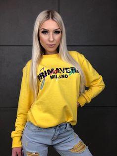 Žltá dámska mikina bez kapcune Graphic Sweatshirt, Sweatshirts, Sweaters, Fashion, Moda, Fashion Styles, Trainers, Sweater, Sweatshirt