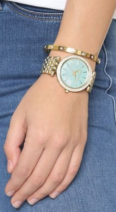 Pretty Michael Kors watch in mint/gold