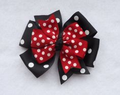 Minnie Mouse Hair Bow, Minnie Mouse Pinwheel Style Bow, Red and Black Minnie Mouse Hairbow, Minnie Mouse Bow, Ribbon Hair Bows, Diy Hair Bows, Diy Bow, Minnie Mouse Bow, Pink Minnie, Ribbon Crafts, Flower Crafts, Disney Applique, Pom Poms