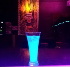 Glow in the dark drink