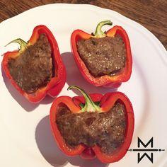 Wat heb je nodig voor dit hete gerecht? 600gr rundergehakt 200gr quinoa 8 rode paprika's 2 el. 'Home made' Gyros kruiden (klik hier)