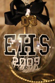 Personalized glass graduation ornament - Class of 2015 - Tassel -