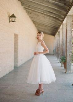 dress, short, classic, sleeves, tea-length (short), wedding dresses, white, Summer, dresses, gowns, rustic, bridal, party, shower, tea