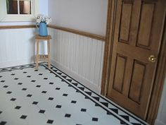petit: The flooring in the old wooden house