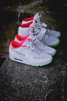 38a503533d ... Nike Air Max 90 Hyp iD × Yeezy . ...