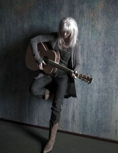 Emmylou Harris and her always awesome cowgirl boots!