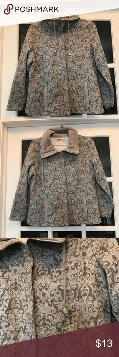 Croft & Barrow zip up size Large Petite Awesome gray zip up sweatshirt. 70% Cotton. SO comfy. Light gray with a very cool darker gray pattern. Size Petite Large. croft & barrow Tops Sweatshirts & Hoodies