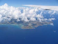 How to Go Island Hopping in Hawaii Via Air