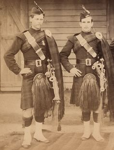 The Cameronians. Regimental Pipers.