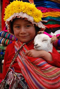 Little girl from Ollantaytambo - sacred valley, peru