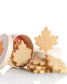Maple Leaf Cookies + recipe #fallrecipe #maple