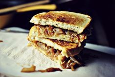 French Onion Soup Grilled Cheese Sandwiches 1