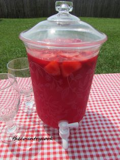 The Country Cook: Sparkling Strawberry Punch 1 can oz) frozen Strawberry Daiquiri concentrate, thawed 1 pack of Strawberry Kool-Aid Ginger Ale (or strawberry sparkling water 1 bag of Frozen Sliced Strawberries (optiona Refreshing Drinks, Summer Drinks, Fun Drinks, Beverages, Mango Drinks, Mixed Drinks, Frozen Strawberry Daiquiri, Frozen Fruit, Non Alcoholic Punch