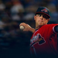 Kris Medlen #54 of the Atlanta Braves pitches against the Washington Nationals