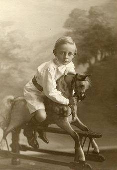 Reggie (1910), via Flickr.
