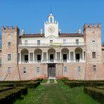 Dopo 9 anni di lavori, il primo maggio riapre al pubblico Villa Medici del Vascello a San Giovanni in Croce (Cremona), celebre per essere stata l'abitazione di Cecilia Gallerani, la