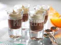 Čokoládový krém s čepicí z pomerančů - Dezerty - recepty - Sýr Philadelphia Orange Cups, Chocolate Orange, Dessert Recipes, Desserts, Nom Nom, Panna Cotta, Sweet Treats, Food And Drink, Pudding