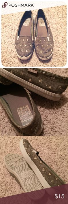 {kustom} the shoe with no footprint Eco loving slip on loafers! Virtually weightless and incredibly comfortable. I love these but there just too big for me. Color is brown/gray. Must have!! Hardly worn. Kustom Shoes Flats & Loafers