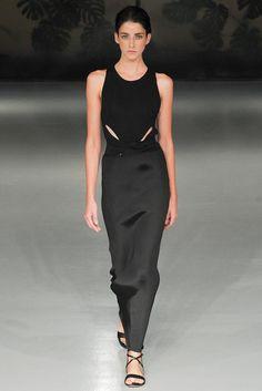 Barbara Casasola at London Fashion Week Spring 2015 Runway Fashion, Fashion Models, Fashion Show, Fashion Design, Fashion Details, Fashion Trends, London Fashion Weeks, Marchesa, Glamour