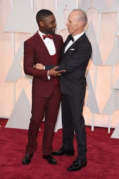 Pin for Later: The Oscars Red Carpet Makes For Some Amazing Candid Moments David Oyelowo and Michael Keaton