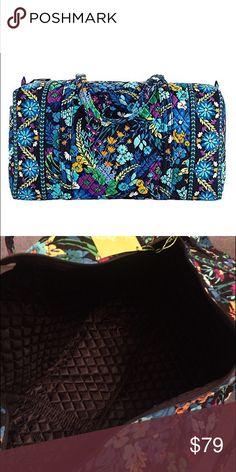 Spotted while shopping on Poshmark: 🆕Vera Bradley Large Duffel 'Midnight Blues'! #poshmark #fashion #shopping #style #Vera Bradley #Handbags