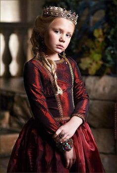 Princess Seraphina, daughter of Duke Arthur and Duchess Margret, niece of King Edward. Joyful but shy and easily scared, she loves beautiful things.