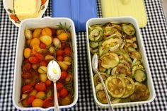 tomate uva amarelo + tomate uva vermelho + dentes de alho + alecrim confitados no azeite de oliva