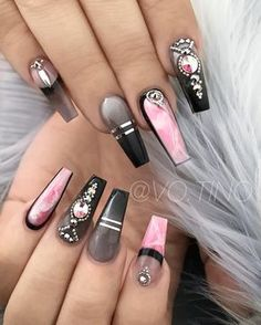 Elegant Modern Nails Tysons