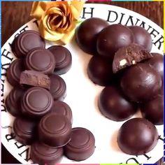 They look so yummy! Credit: Cook With Faiza Homemade Chocolate, Melting Chocolate, Chocolate Recipes, Yummy Treats, Sweet Treats, Yummy Food, Just Desserts, Dessert Recipes, Desert Recipes