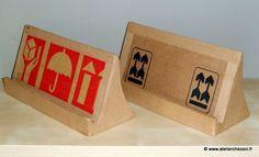 [DIY] Support de tablette numérique en carton -ou pour livre de cuisine ! Créer ses meubles en carton
