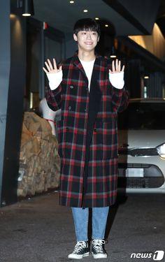 Lee Do-hyun (이도현) - Picture @ HanCinema :: The Korean Movie and Drama Database Drama Korea, Lee Jong Suk, Japanese Men, K Idols, Korean Actors, Dramas, Normcore, Kpop, Movie