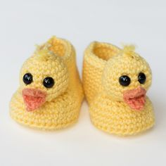 Ravelry: Duckling Baby Booties pattern by Olivia Kent