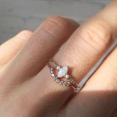 Rose Gold Wedding Ring Set Pear Diamond Engagement Ring Wedding