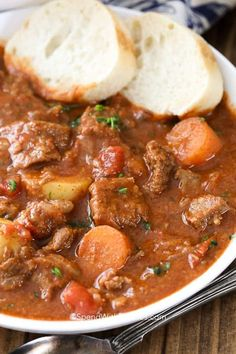 have to try this easy Hungarian goulash recipe. It is one of my favorite easy stew recipes! Easy Stew Recipes, Stew Meat Recipes, Cooking Recipes, Goulash Soup Recipes, Stewing Beef Recipes, Beef Casserole Recipes, Supper Recipes, Gulosh Recipe, Best Stew Recipe