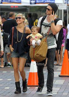 Elsa Pataky.. rock and bohemian casual chic.. with husband, Chris Hemsworth..