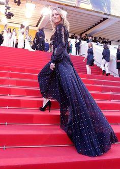 EN IMAGES. Marion Cotillard et Louis Garrel complices sur les marches de Cannes