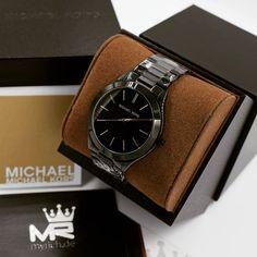 Michael Kors MK3221   @MyRich.de #MichaelKors #michaelkorswatch #slimrunway #mk #photooftheday #original #official #watch #style #uhr #insta #mk3221 #jetset #new #bestoftheday #brand #luxus #2017 #juwelry #luxury #lady #fashion #fossil #beauty #womensfashion  #gold #blackwatch #black #accessories #crystal