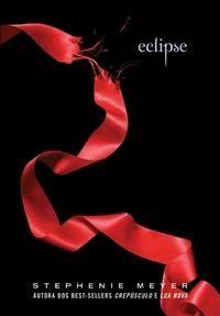 Eclipse - Stephenie Meyer - Ed. Intrinseca: o terceiro livro da Saga Crepúsculo... Sem comentários para esta saga... Amei... E agora, estou esperando o último filme...