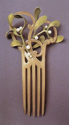 """Анри Vever,гребень """"Омела """", 1900 / Henri Vever, Mistletoe comb, 1900"""