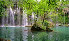 Kursunlu Waterfall is a tourist attraction located in the Mediterranean region of the coast of Antalya. Antalya, World's Most Beautiful, Beautiful Pictures, Places To Travel, Places To Go, Waterfall Fountain, Mediterranean Sea, Travel Advice, Amazing Gardens