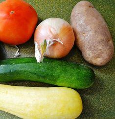 Zeleninová čína = vegetariánská čína recept, návod, moderní praktická žena | Nerezové příbory Zucchini, Vegetables, Food, Turkish Recipes, Easy Meals, Essen, Vegetable Recipes, Meals, Yemek