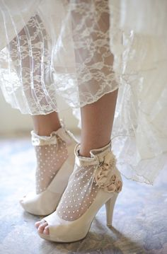 These are just perfect for a vintage wedding For more fashion and wedding inspiration visit www.findiforweddings.com wedding shoes