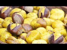 CALDARROSTE IN PADELLA MORBIDE E FACILI DA SBUCCIARE - YouTube Garlic, Vegetables, Recipes, Youtube, Food, Buffet, Wings, Roasted Chestnuts, Cook