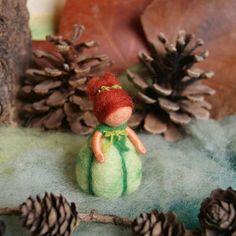 Beetje groene pompoen kind - Waldorf geïnspireerd, naald vilten, door Naturechild