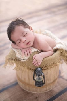 Newborn Beauty. Newborn Photoshoot. Newborn Photography Ideas. Newborn Props. Newborn Posing. Newborn clothing.