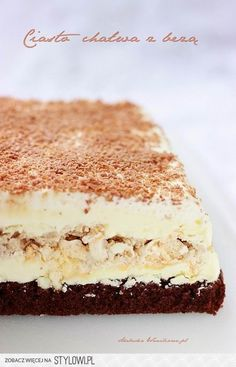 Ciasto chałwa z bezą  Biszkopt: - 4 średnie jajka - 2/3… Polish Desserts, Polish Recipes, Sweet Recipes, Cake Recipes, Dessert Recipes, Delicious Desserts, Yummy Food, Cake Bars, Homemade Cakes